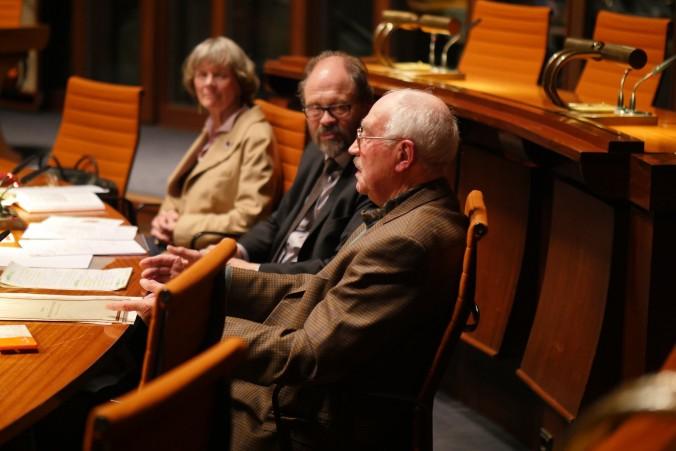 Reinhard Petter im Gespräch mit Carl-Hans Hauptmeyer. Foto: Dietrich zu Klampen