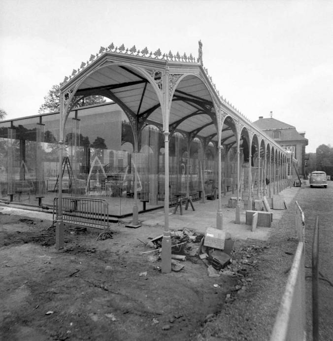Glasfoyer im Bau, April 1966 (Quelle: Wilhelm Hauschild Archiv, Historisches Museum Hannover)